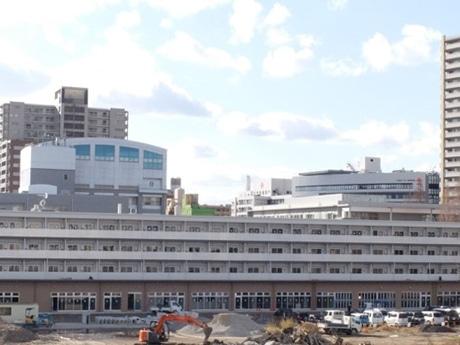 建設中の「ナレッジシェアファーム」(仮称)にはコンビニや賃貸マンションも整備される