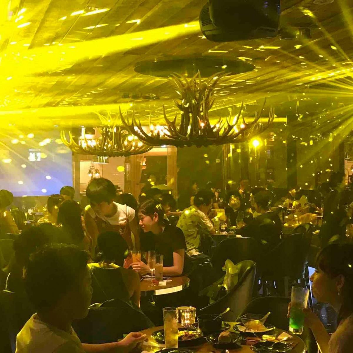 スーパーサパークラブで昨年開いたカウントダウンパーティーの様子