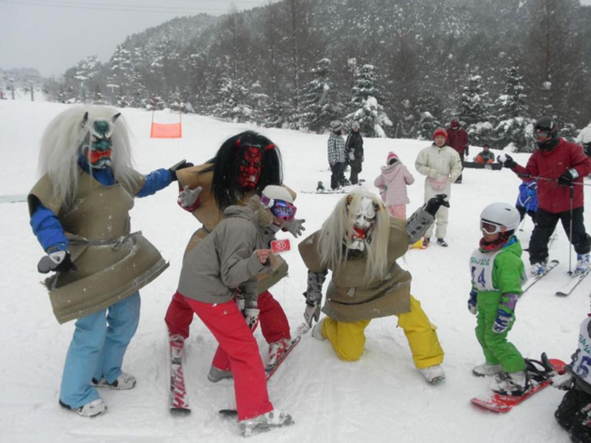 これまで同スキー場で行ってきた「恐羅漢節分祭」の様子