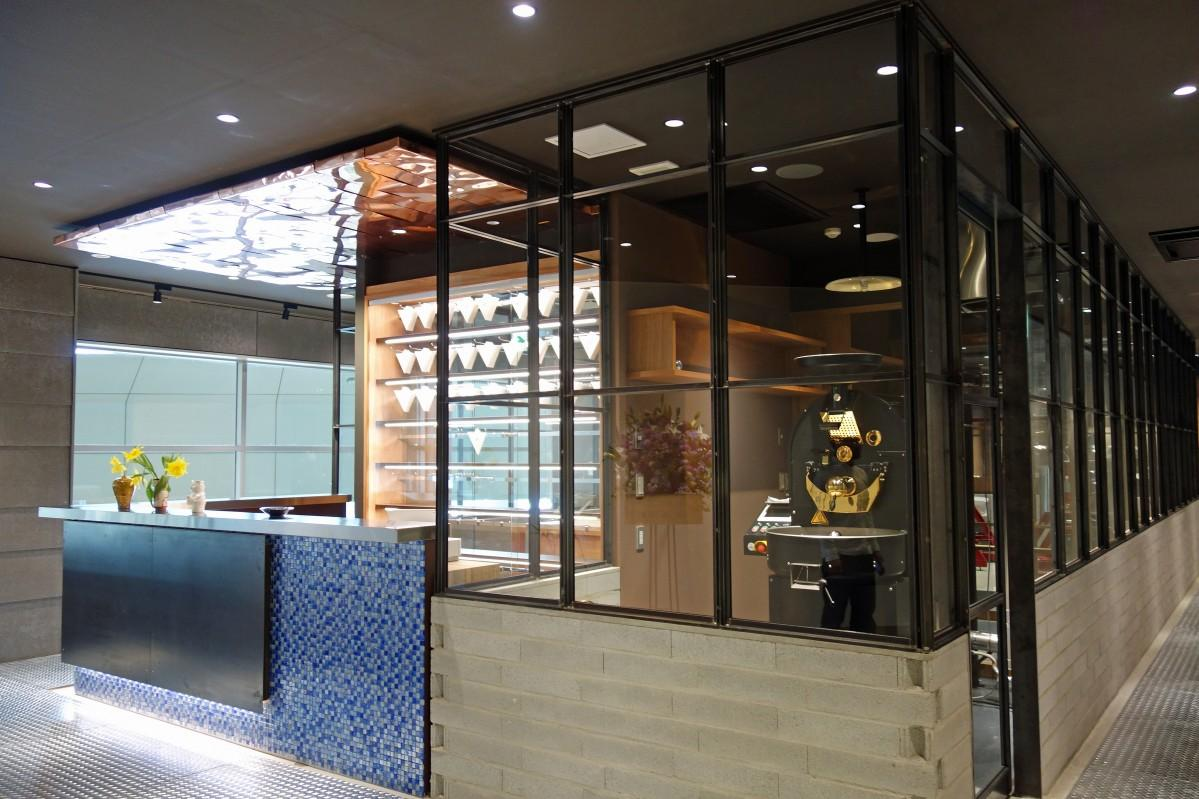 広島空港3階のつけ麺店跡にオープンした「フーチョコレーターズ」外観