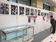 広島で元・カープ衣笠祥雄さんの追悼写真展 入団当時の写真も