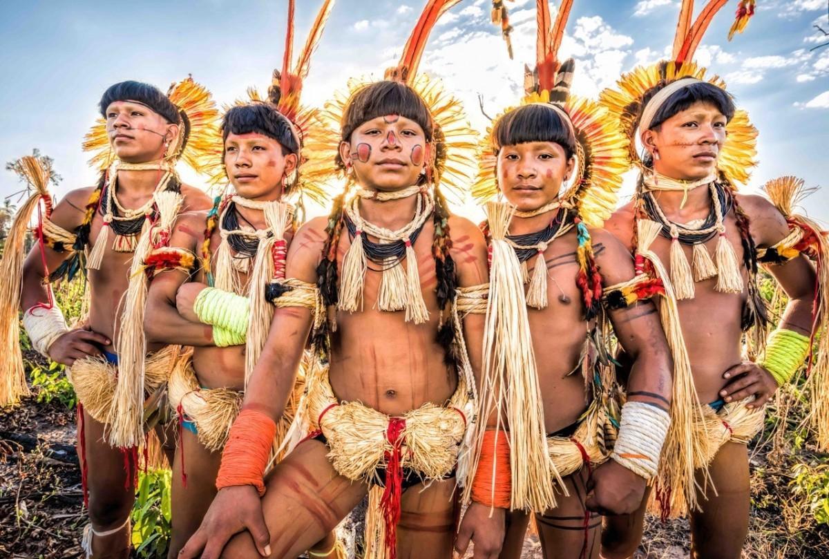 広島でヨシダナギさんの写真展 世界の少数民族を撮影、トークショーも ...