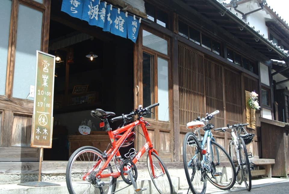とびしま海道の「潮待ち館」外観