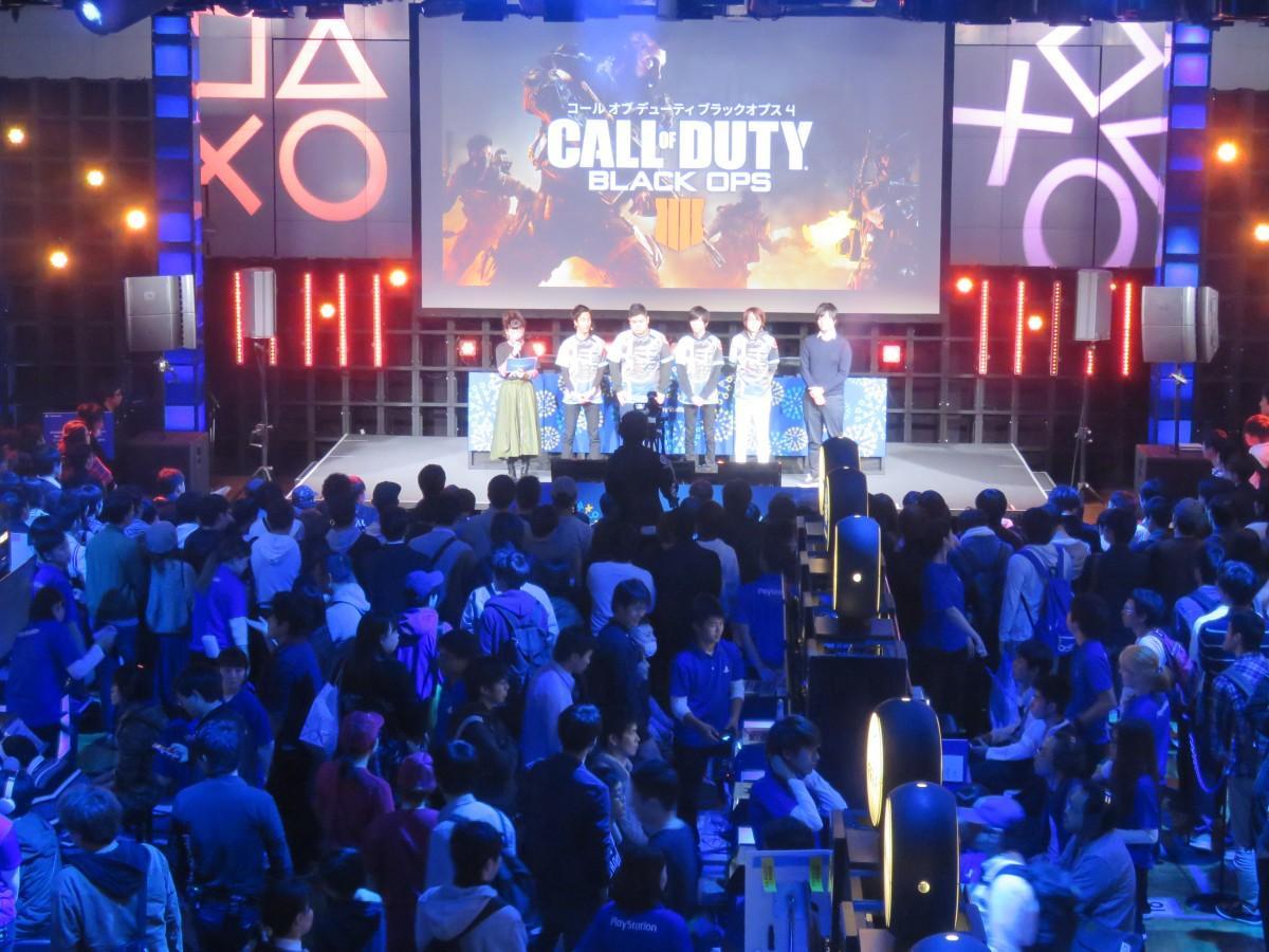 今月4日開催の「PlayStation祭」福岡会場では開場前に400人以上が列を作ったという