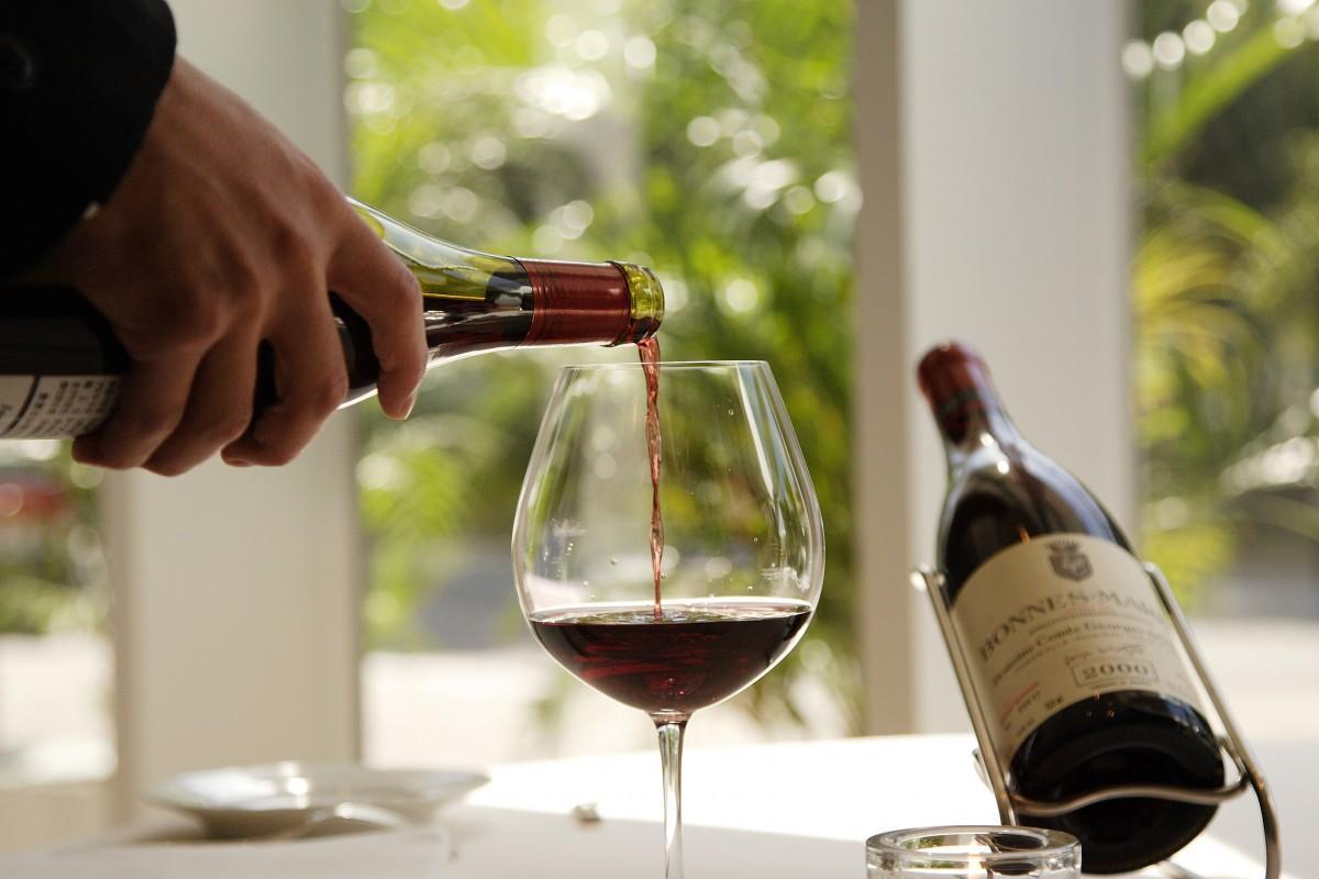 コンクールには700種類を超える日本ワインがエントリーし、会場で提供する111種類が選ばれた