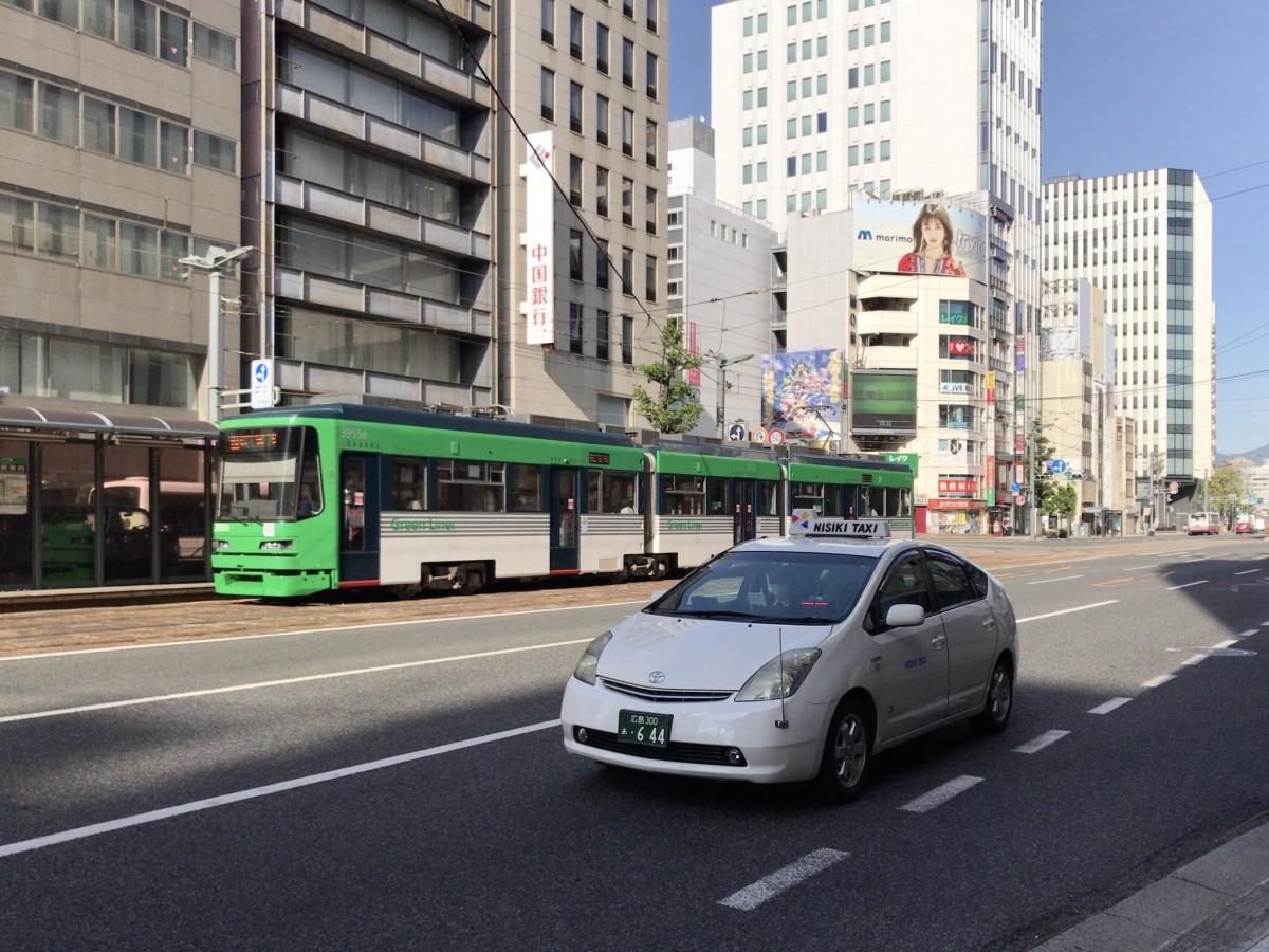 広島市内を走る「Uber Taxi」パートナーのNISIKIタクシー