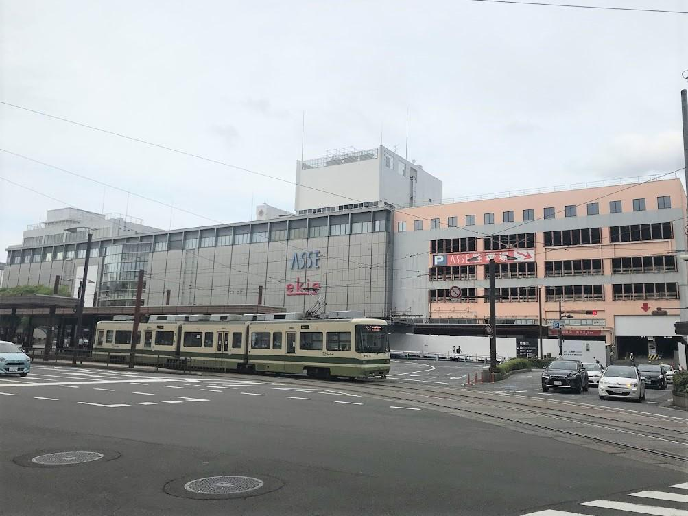 広島の沿線ランキング1位はJR山陽本線が選ばれた。写真は建て替えが進む広島駅ビル。