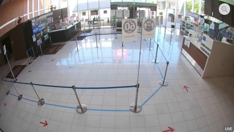 大和ミュージアムのエントランスに設置したライブカメラ