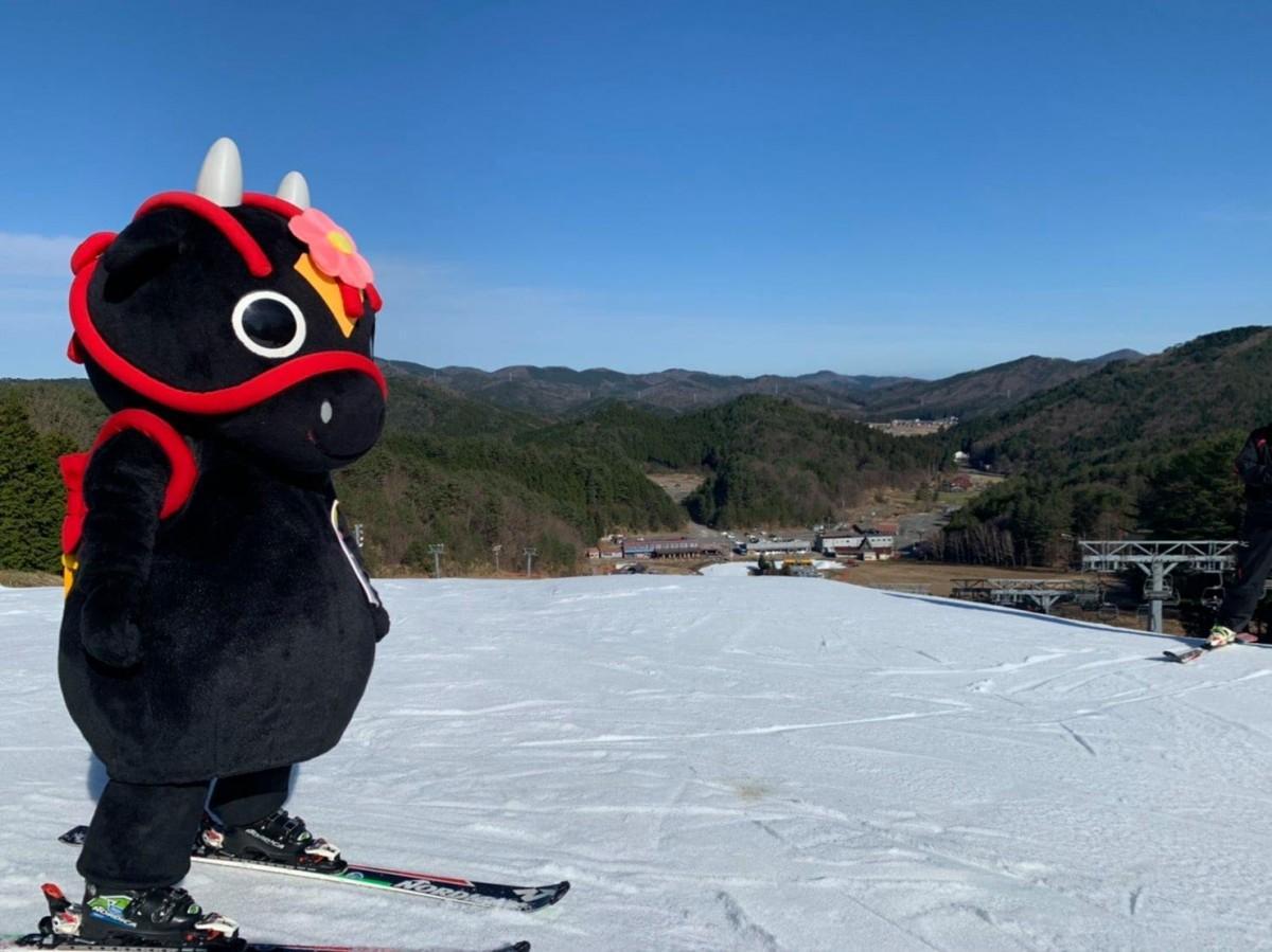 北広島町内3つのスキー場「ユートピアサイオト」「やわたハイランド191リゾート」「芸北高原 大佐スキー場」オープンを知らせるキャラクター「花田舞太郎」