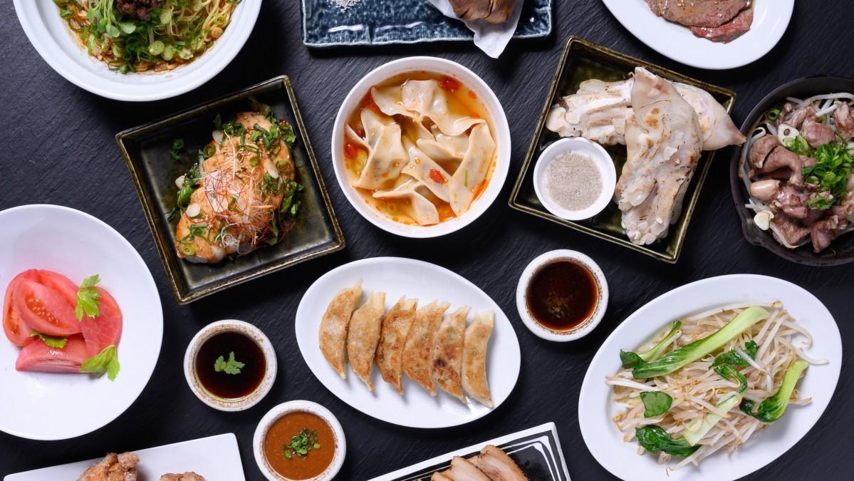 生ギョーザや薬膳料理などを提供する「壽ゑ廣餃子(すえひろぎょうざ)」のメニュー
