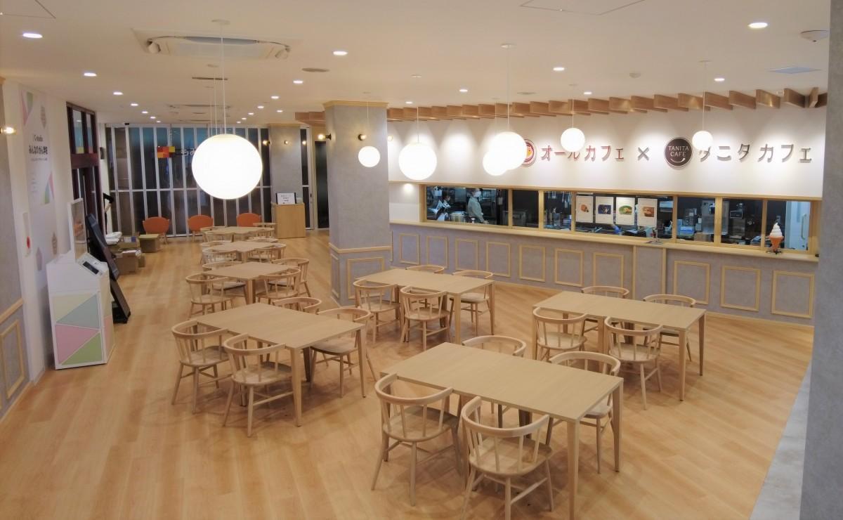広島の保険薬局「オール薬局」とタニタ食堂がコラボした「オールカフェ×タニタカフェ」