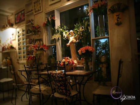 カフェの様子 © Gac hoa Cafe