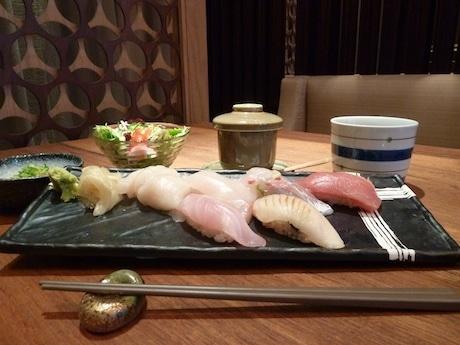ランチメニューの寿司盛り合わせの一部