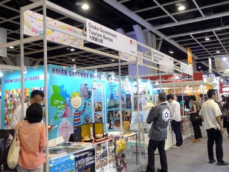 初日(業界日)の会場の様子。日本パビリオンには15年連続で出展する企業から今年初参加の企業・自治体までほぼ日本全国を網羅した顔ぶれ。