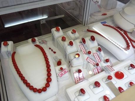 日本ブースでも展示された赤サンゴ