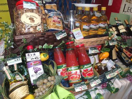 イタリア食材もたくさんならぶイベントに