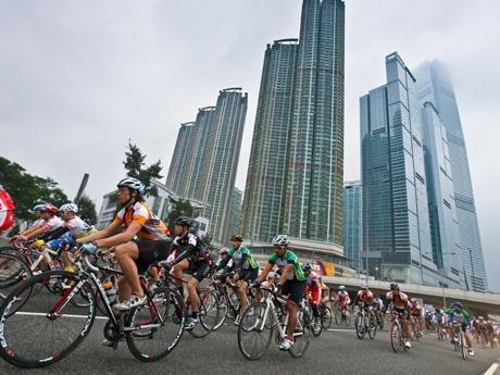 香港を自転車で駆け抜けるレース「サイクロソン」