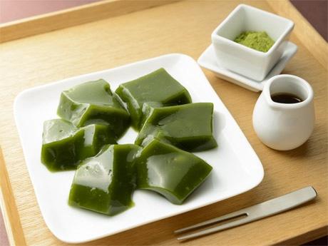 同社の主力商品「抹茶わらび餅」も香港に