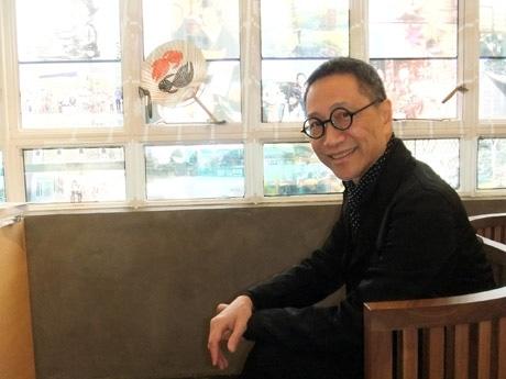 会場にも足繁く通う香港人デザイナーのアランチャンさん