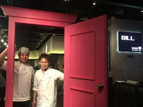 麺酒場 蒜 BILLプロデューサーのSo Wadaさん(左)と賛否両論料理長の小山雄史さん(右)