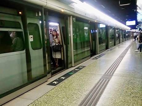 世界1位のランキングを獲得した香港の交通システム