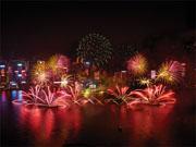香港のカウントダウン 2018年は華麗なミュージカル花火で幕開け