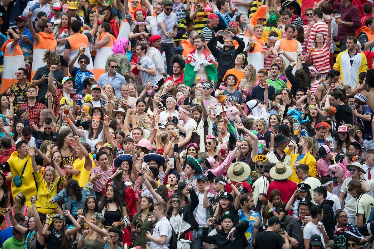 世界各地からファンが集まる香港のラグビーセブンズ