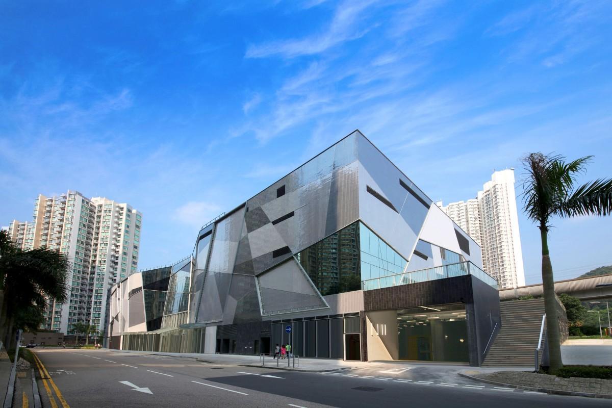 香港で新たに開業した郊外のショッピングモール