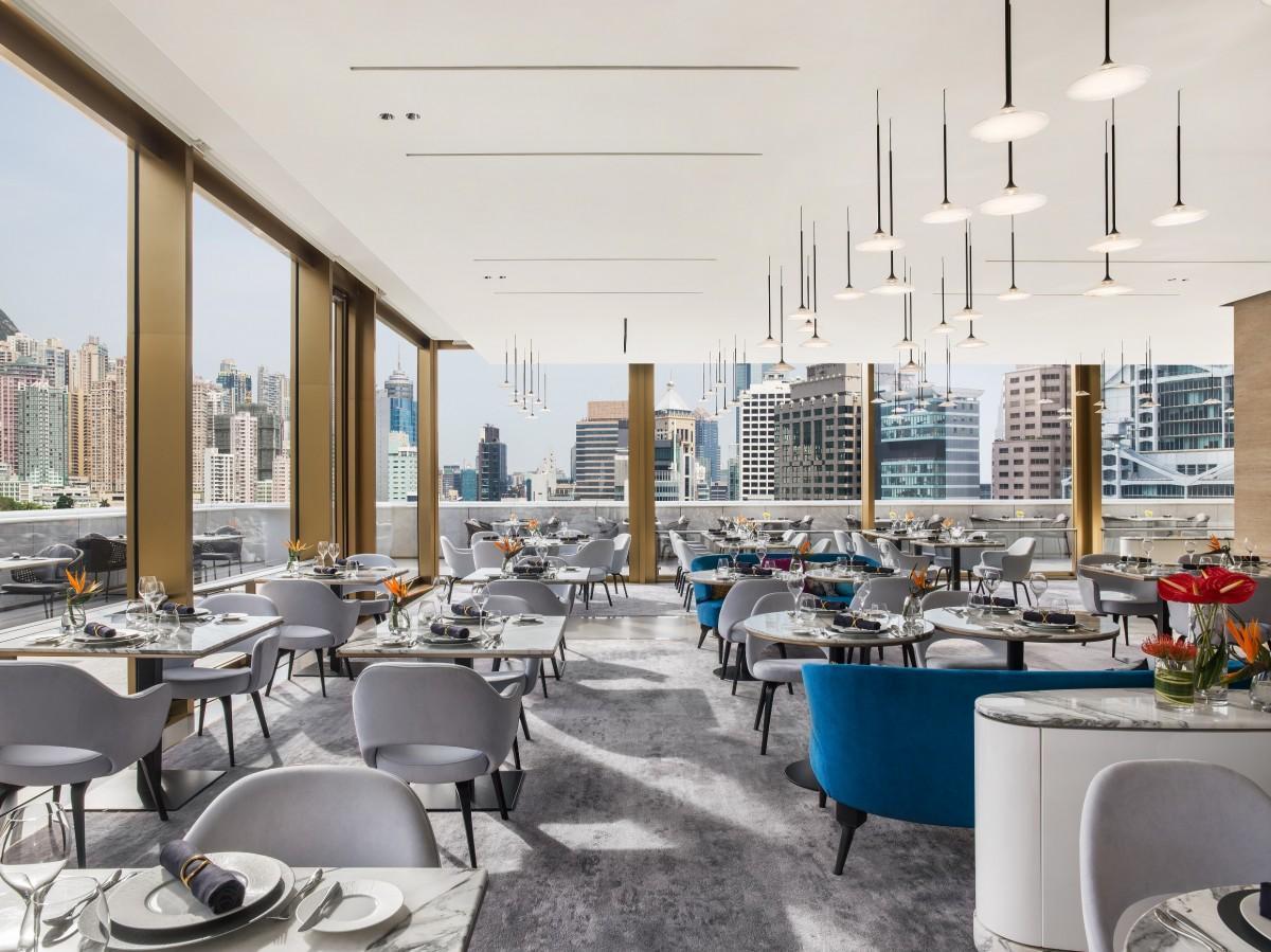 ザ・マレー香港の最上階レストラン、フロア内の様子