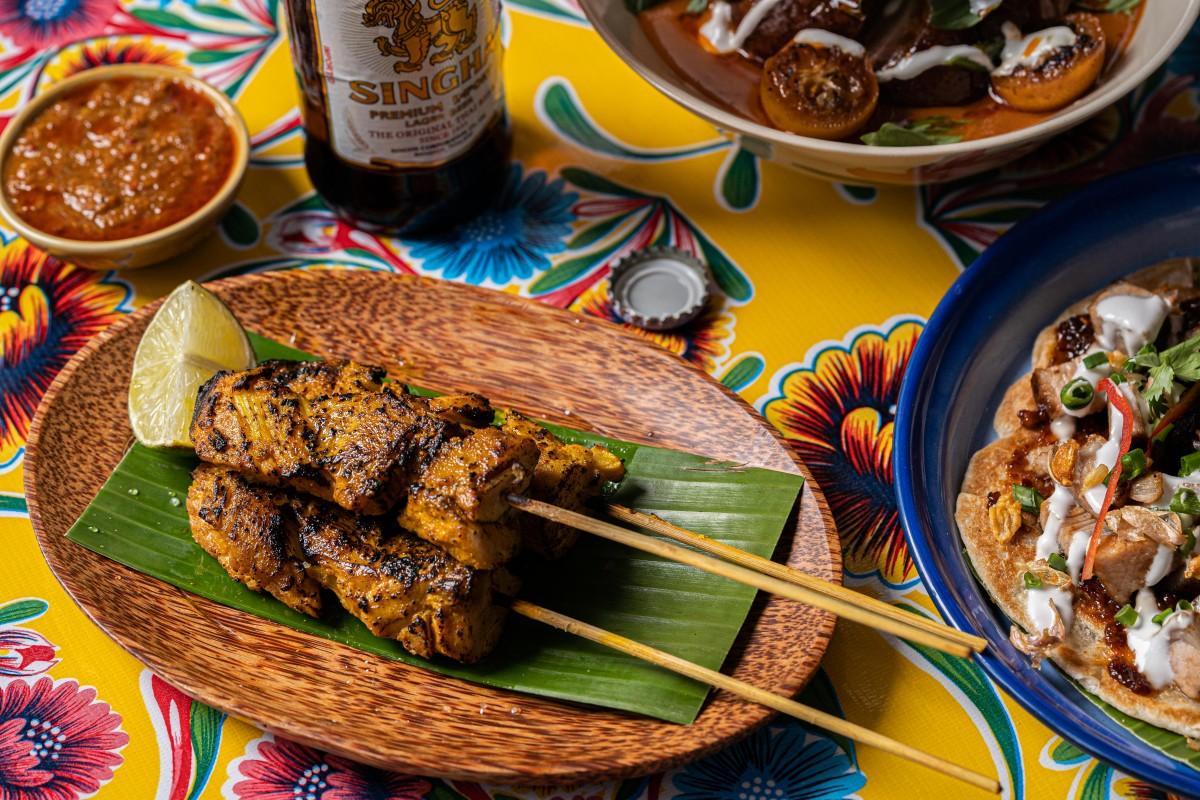 数々のレストラン賞を受賞している飲食グループによるタイの屋台料理