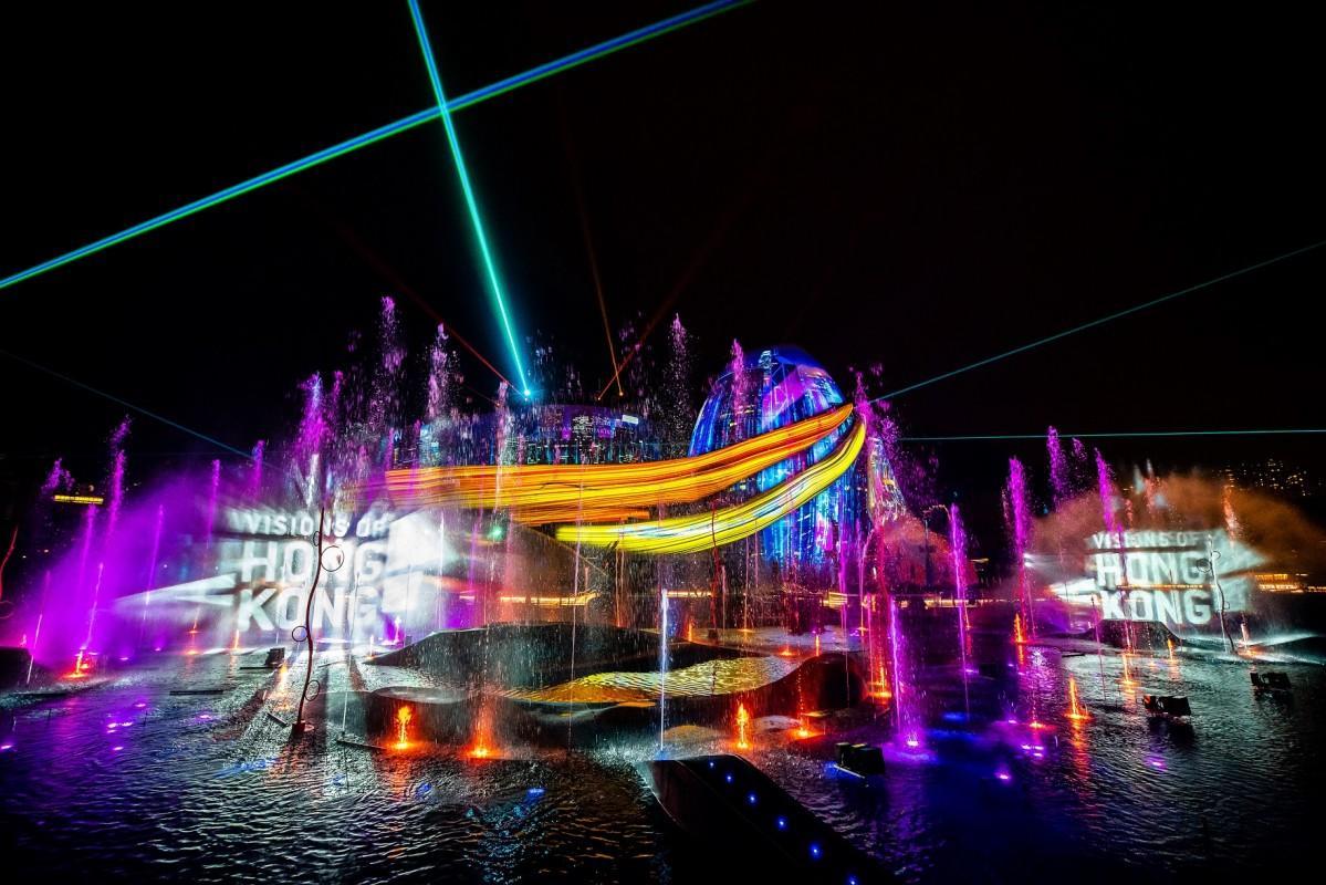 香港で新たにスタートした光のショー