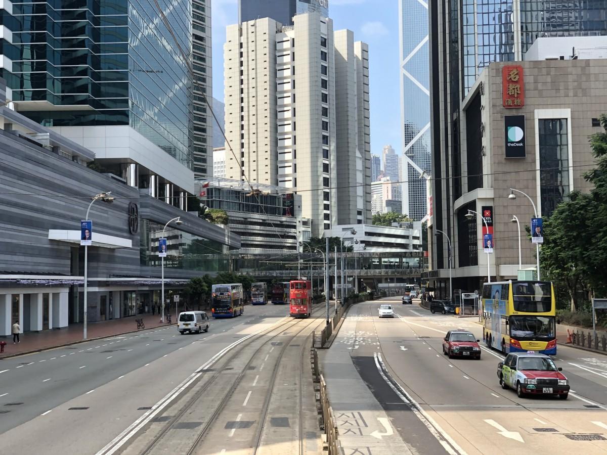 デモの影響による経済支援策を検討する香港政府