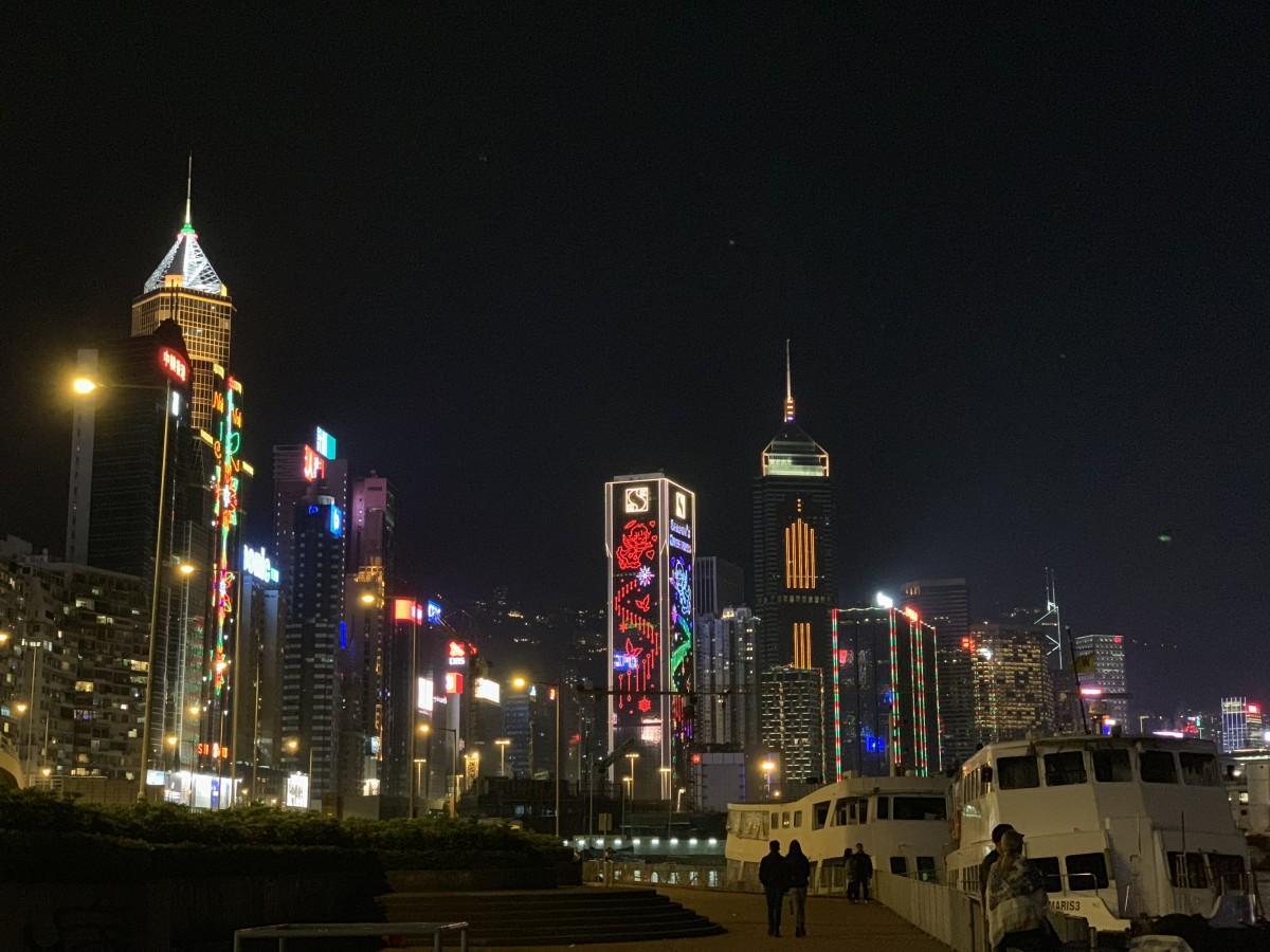 レストランなどに新たな対策を発表した香港政府