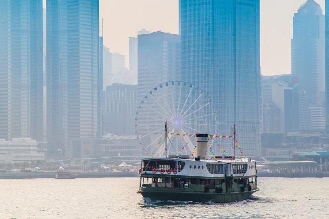 新規感染者数は減ってきた香港