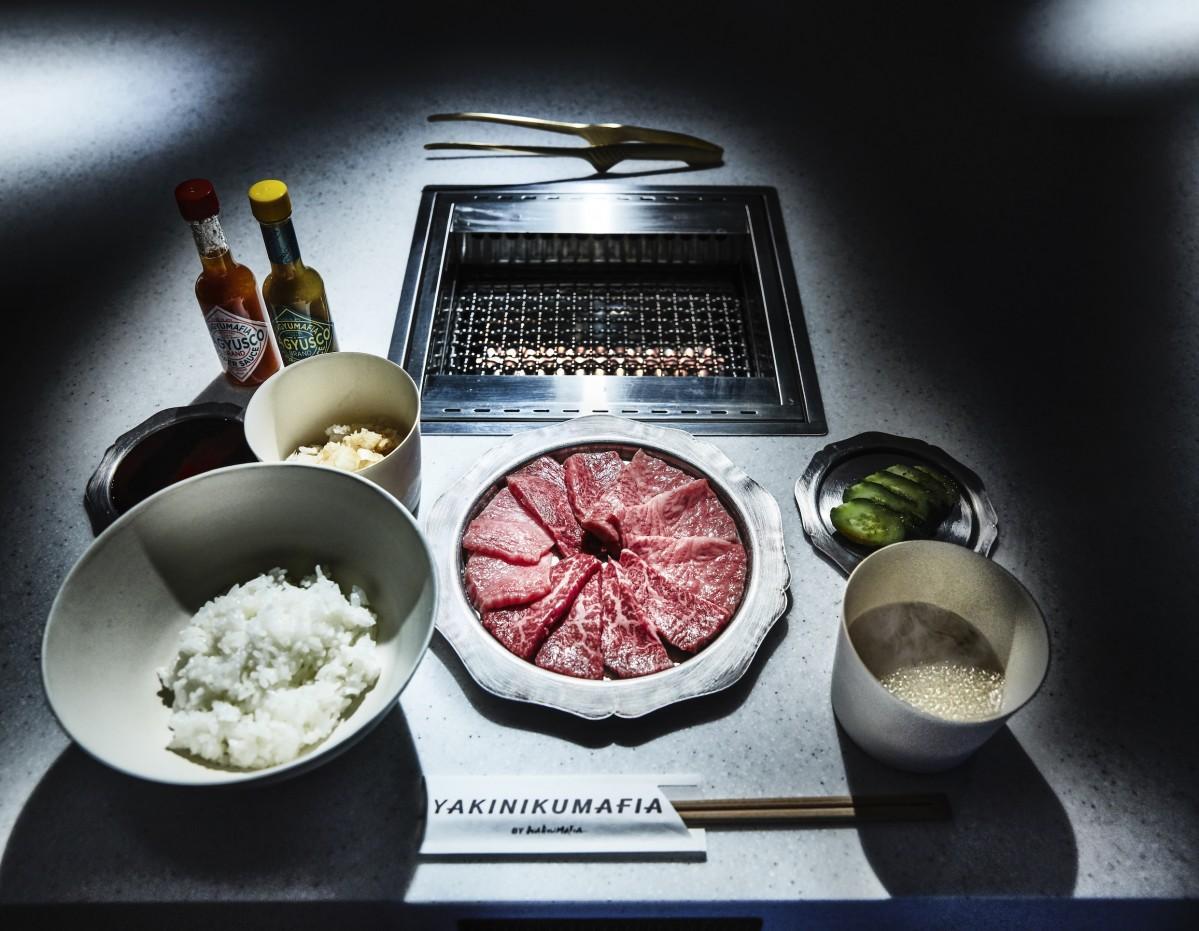 尾崎牛の3つの部位を盛り合わせた「YAKINIKUMAFIA BBQ PLATE COMBO SET」