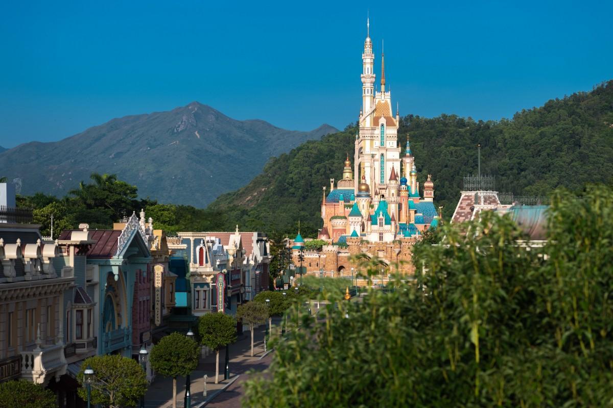 香港ディズニーランドに登場した新しいランドマーク「奇妙夢想城堡(Castle of Magical Dreams)」