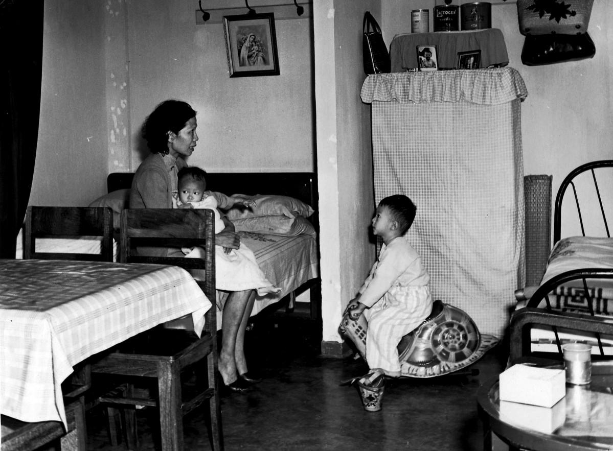 1952年当時の住宅内部の様子 - ...