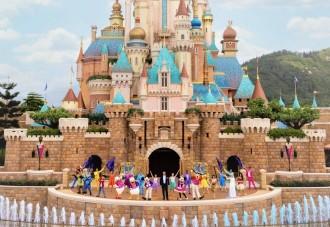 香港ディズニーで新しい野外ライブミュージカル 開園15周年祝う