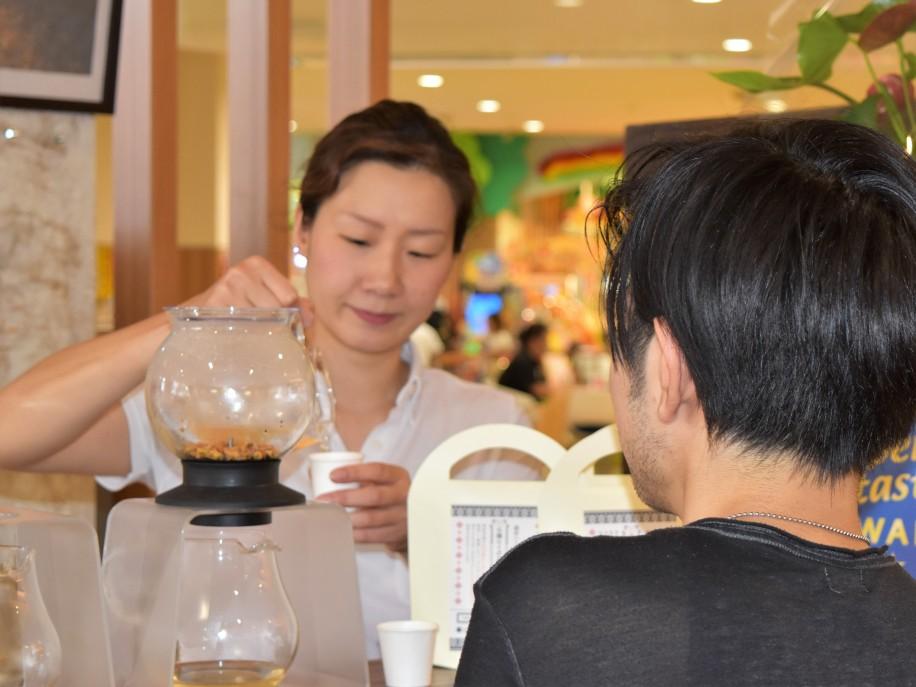 「ALL MY TEA(オールマイティー)」共同代表の田部井アンナさん