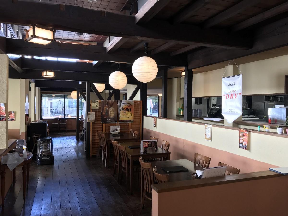 リニューアルオープンした「居酒屋レストランNakamachi」の店内