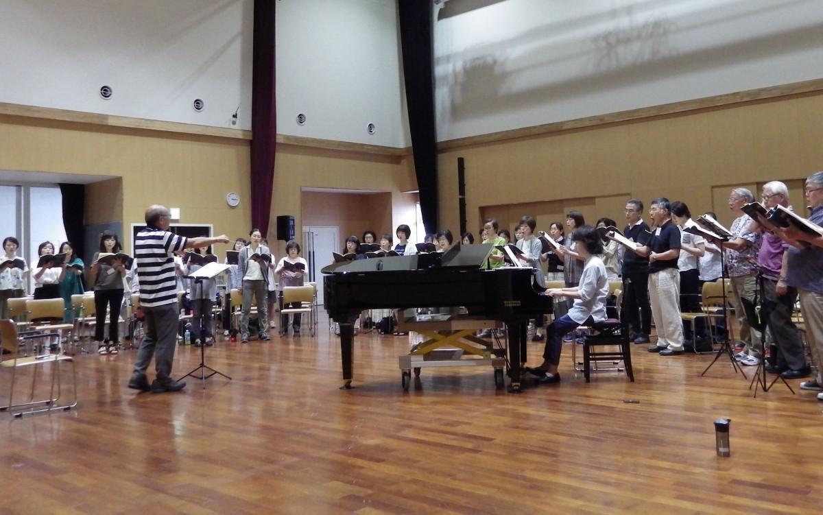 柏グリーンハーモニー合唱団の練習風景