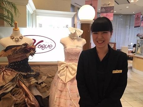 「延岡日向グッドウェディングアワード」でグランプリを獲得したウェディングプランナーの木村咲さん