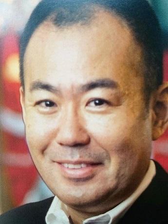 「九州パンケーキ」などで地域経済活性化に取り組む村岡浩司さん
