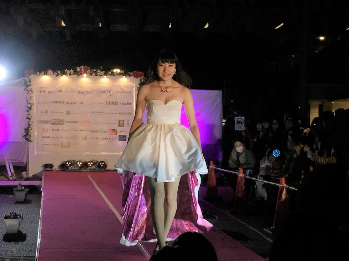 オープニングイベントでは富島高校のファッションショーも