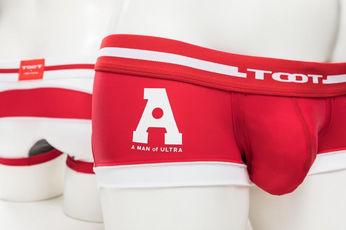 ブランド初となる「ウルトラマンエース」デザインのボクサーパンツ