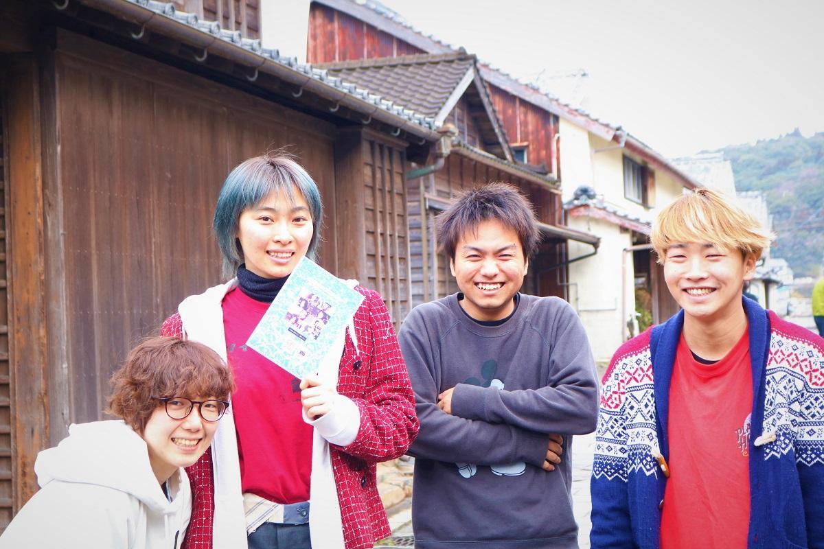 監督の泊さん(左から2番目)はじめ、映画に携わる県内のアーティスト