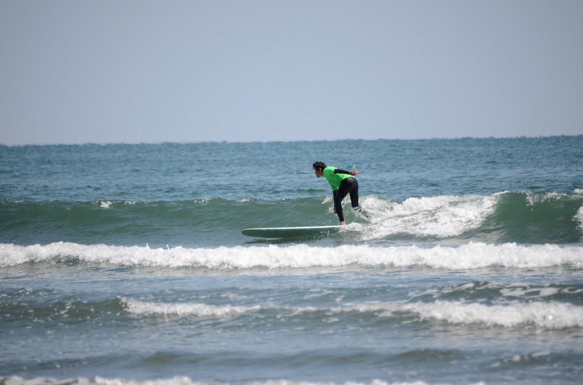昨年のサーフィンコンテストの様子