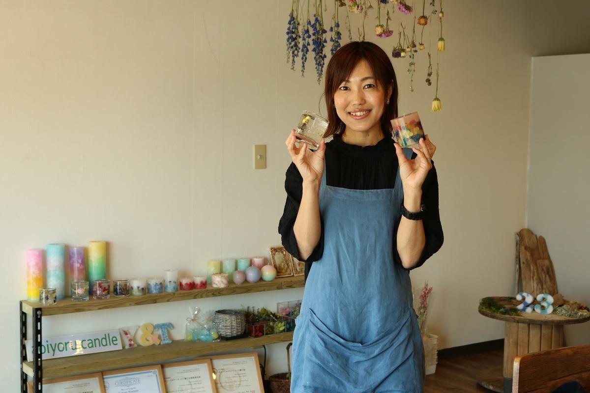 「aoiyoru.candle(アオイヨル・キャンドル)」の西田優香里さん