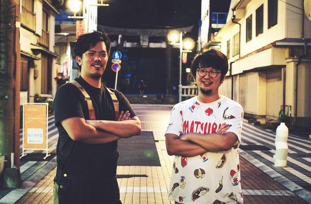 (左から)プロジェクトを立ち上げた甲斐慶太朗さんと山根俊輔さん