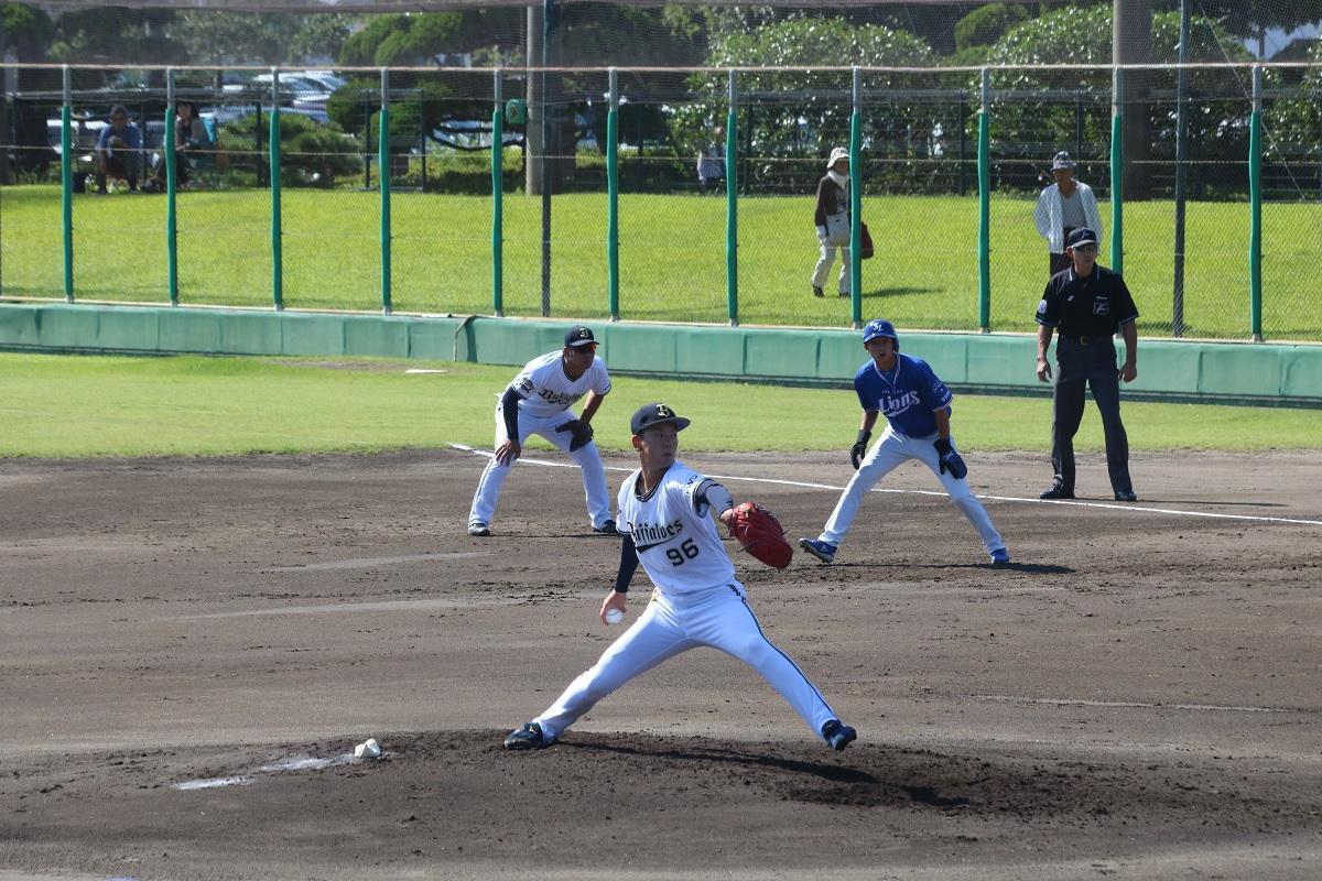 先発投手としてマウンドに上がった本田仁海選手